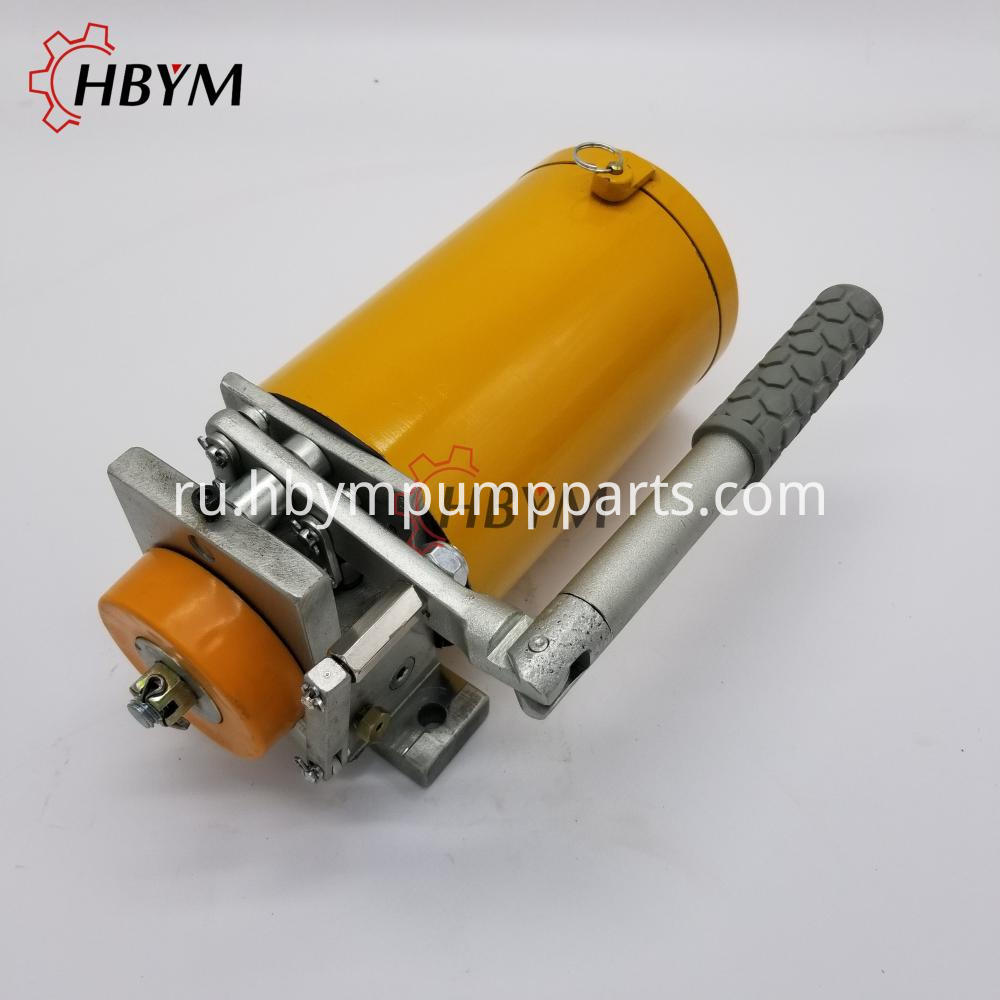 Manual Grease Pump 3