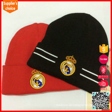 Großhandel Acryl OEM benutzerdefinierte Slouchy Herren Strick Beanie Muster Hut Erwachsene, schwarz rot weiß Strickmütze