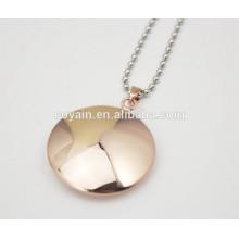 Collar redondo de acero inoxidable plateado rosa colgante de oro para las mujeres