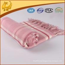 Manta de lana pura al por mayor de las lanas de la tela escocesa del lanzamiento del precio de fábrica de la alta calidad con la borla