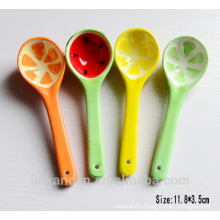 SP1526 Haonai Small lovely ceramic spoon, ceramic soup spoon