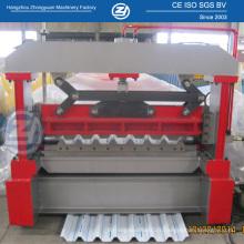 Machine de formage de rouleaux de feuilles d'acier galvanisé pré-peinture