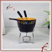Juego de fondue de cerámica con horquilla