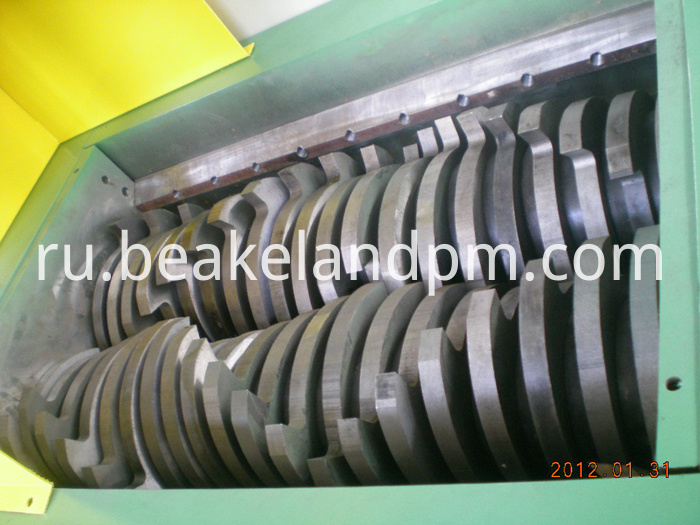 plastic double shaft shredder