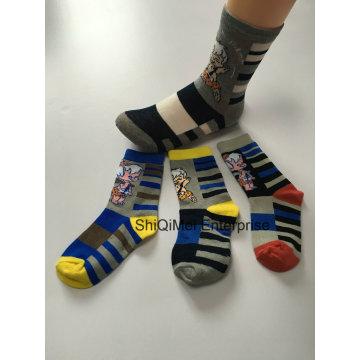 OEM Customized Logo Professional Manufacturer Kids Boys Soft Cotton Socks Supply