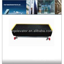 Escalator step chain, escalator step