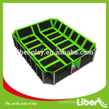 Small indoor trampoline for park,square size indoor trampoline for the park and market 5.LE.T3.404.281.00