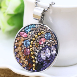Round fashion pendant with colorful crytal for girls