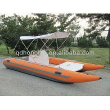 Catamaran de grande vitesse de CE canot de course