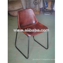 Chaise en cuir industriel pour restaurant
