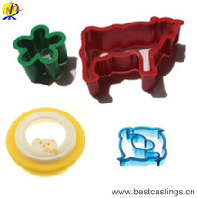 Hot Selling Animal Plastic Cake Mold for Home DIY
