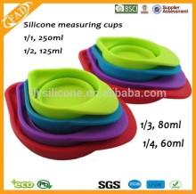 Praktische kleurrijke opvouwbare nieuwigheid siliconen Cups meten