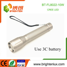 Factory Wholesale 3C cell Powered Zoomable High Bright Long Distance Range Metal 10w led Cree Flashlight Torch with Wrist strap
