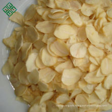 Top sale Chinese supplier new white dehydrated garlic flakes without root for South American market