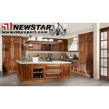 Wooden kitchen furniture with bench top