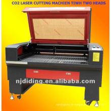 CO2-Lasermaschine mit zwei Rohren