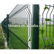 ПВХ или порошковым покрытием проволоки сетка заборная