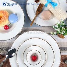 Западный дизайн Элегантный стиль Прекрасная кость Китай Обычная белая посуда Обеденные тарелки