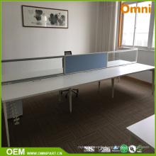Nouvelle table de meubles de bureau moderne pour quatre personnes