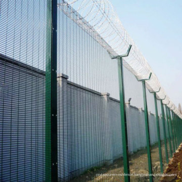 Hot sale 358 anti-climb mesh fence/Prison mesh fencing