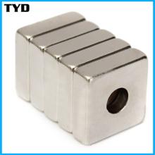 Grau N52 Sinterizado NdFeB Magnet Block com furos