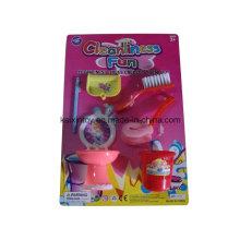Kleines Helfer-Spielzeug von Reinigungs-Werkzeugen