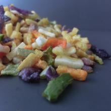 Légumes et fruits mélangés pour manger directement