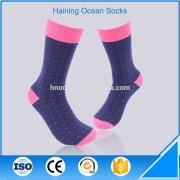 Sports and leisure style mens dress socks custom basketball socks