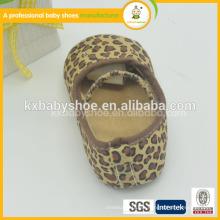 2015 los zapatos animales de la danza del patrón del nuevo del diseño de la venta al por mayor suave más nueva suave genuina del bebé
