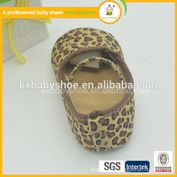 2015 newest design wholesale soft sole genuine baby leather animal pattern dance shoes
