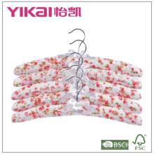 Juego barato de 5pcs algodón acolchada percha con pintura rosa