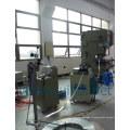 une machine pour redresser les matériaux minces