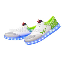 novos sapatos de couro PU luzes LED sapatos sapatos de sapatilha
