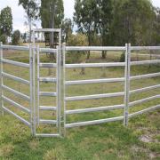 Metal tubular cattle/cow/horse/livestock farm fence