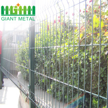 High+quality+4mm+PVC%2FGal+Welded+Wire+Mesh+Fence