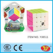 2015 Caliente Ying YJ Yusu 4 * 4 cubo Magic Puzzle cubo juguetes educativos Inglés embalaje para la promoción