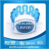 Wholesale cheap plastic proximity uhf rfid wristband
