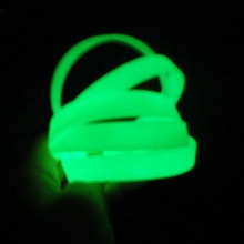 Custom Glow In the dark Silicone Wristbands for Party