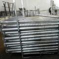 Solare Montagestruktur kompatibel mit Erdungsschraube