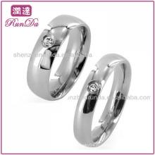 Новые товары 2013 Мода Ювелирные изделия Одноместный CZ Классический куполообразный из нержавеющей стали кольцо Обручальное кольцо