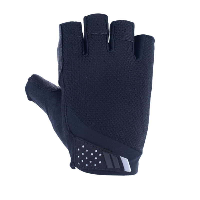Heat removal Absorb sweat Gloves
