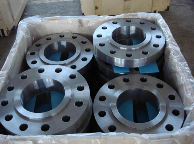 Threaded flange packing