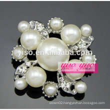 new frash diamond pearl brooch