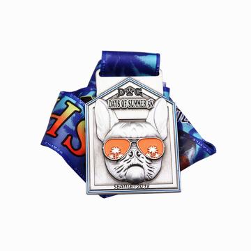 Medalha personalizada de corrida de animais de estimação de cachorro legal no verão