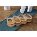 Le set de cruets en vaisselle en céramique peinte à la main contient du pâte à l'huile et au vinaigre Salin et poivrière avec plateau