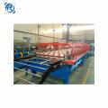 Machine de formage de rouleaux de panneaux de tuiles émaillées de toit trapézoïdal
