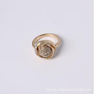 Flowr Shape Design Fashion Jewelry Ring with Rhinestone