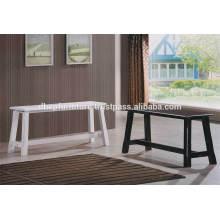 Cadeira de banco de madeira