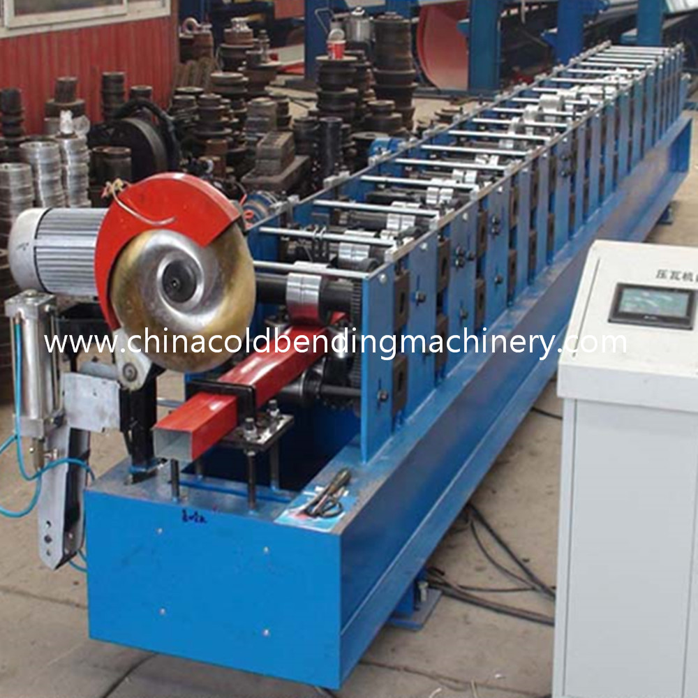 Rainspout Downspout Roll Forming Machine Fly Saw Cutting