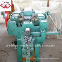 Clavos que hacen la máquina producen clases de clavos (fábrica)